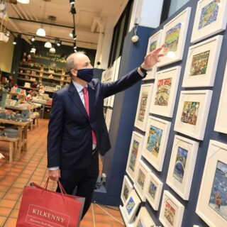We were thrilled to see An Taoiseach Micheal Martin admiring our West Cork Print in the @kilkennyshop yesterday. We are so happy to see him supporting #shoplocal and hope you will do the same too www.simonewalsh.net #championgreen #simonewalshart #madelocal #irishart