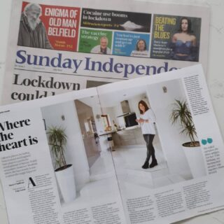 It's a great Sunday 👍 We were delighted to welcome Mary O'Sullivan from @lifesundayindo into our home last year and are blown away with the amazing feature in today's Life Magazine - have you seen it yet? #simonewalshartist #lifesundayindo #sundayindo